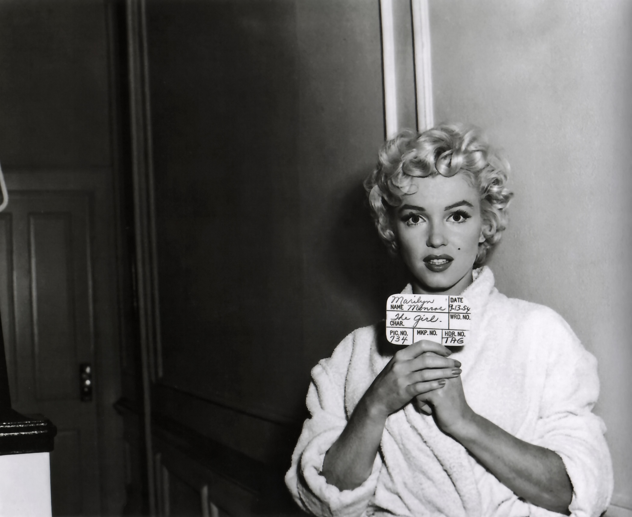 marilyn monroe 2 essay How arthur miller smeared marilyn monroe and invented the myth of the male witch hunt  in a lengthy essay, .
