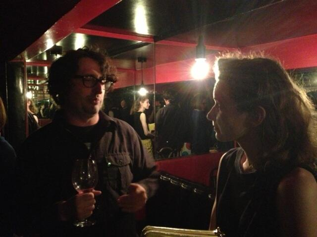 Matt Patterson and I engaged in conversation. Photo by Raquelle. (Thanks so much for this, Raquelle!)